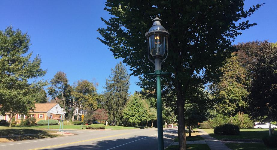 Glen Ridge gas street lamp